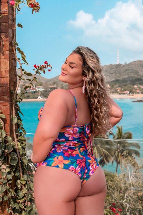 maio-plus-size-floral-ana-maya-curves--3-