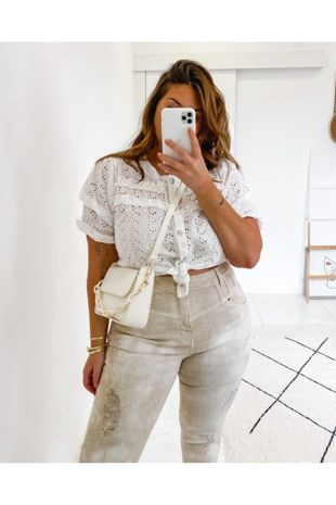blusa-plus-size-laise-com-botoes-ana-maya-curves