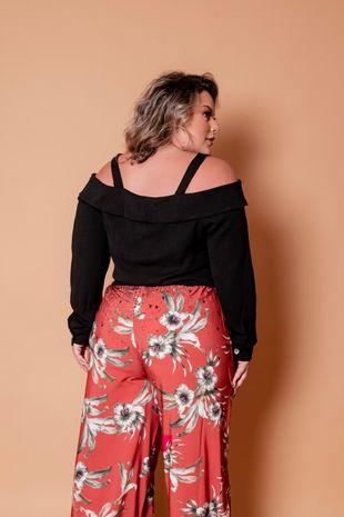 calca-pantalona-floral-com-barrado-plus-size1