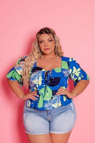 blusa-plus-size-estampada-com-folhagem-ana-maya-curves