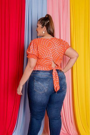 blusa-plus-size-estampa-de-poa-com-amarracao-ana-maya-curves-2